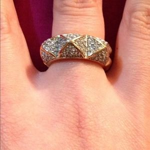 Juicy Couture gold double sided pyramid ring