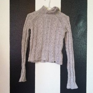 Knit grey Abercrombie sweater