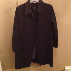 Black knee length trench coat, Like New!