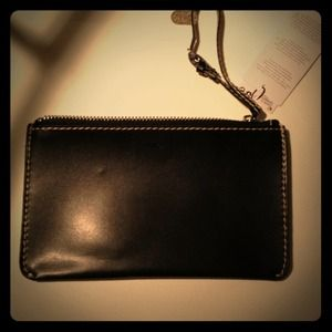 Black zipper wristlet pouch