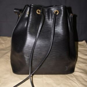 Louis Vuitton Black Epi Leather Petit Noe