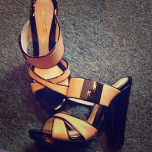 ✂Reduced price Lamb patent leather high sandals 💋