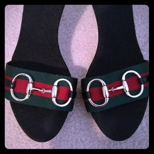 Gucci crossover stillettos