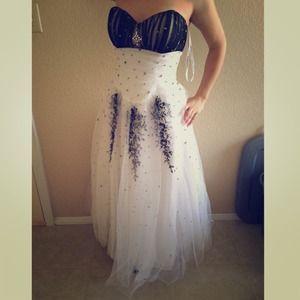 Prom / Homecoming Dress 😍