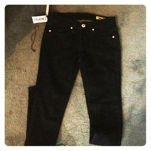 NYC Blank Skinny Jeans  dark blue in color