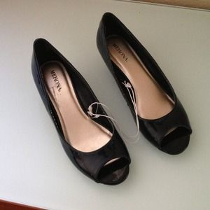 Shoes - Reduced! 🔥Merona flats, never worn! Brand new!