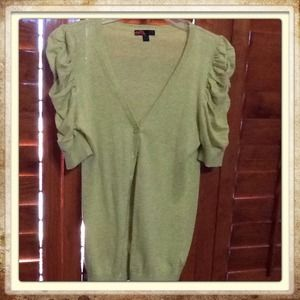 Rue 21 Sweaters - Beautiful green cardigan