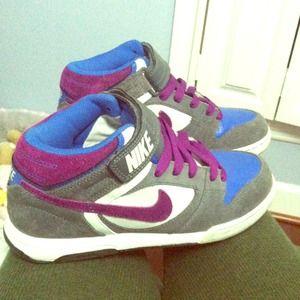Nike vandals size 7 like new