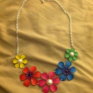 Colorful flower bib necklace