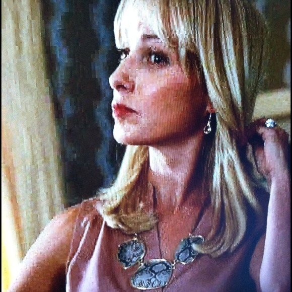Jewelry - 🎬As seen on Deception 🎬snakeskin necklace