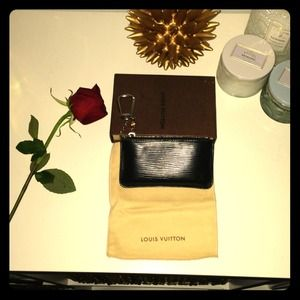 Louis Vuitton Epi Key Wallet