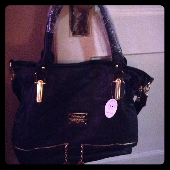 Bags Tjp Handbag From The New York New York Collection