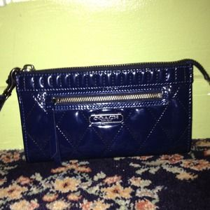 REDUCED COACH zippy wallet/wristlet patent leather