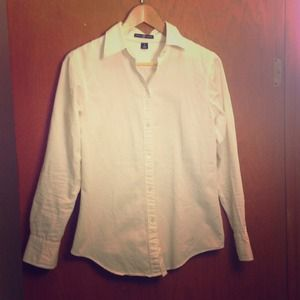GAP Tops - Gap white button down