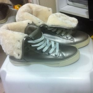 Shoes - High top soft inner lining shoe