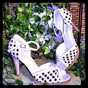 Shoes - Sandal, Heels, NEW