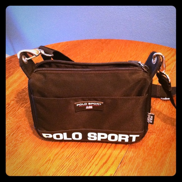 79c4a0ed94af POLO SPORT Ralph Lauren-blk nylon cross body bag. M 512422f76342800c0f004918