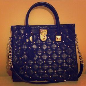 SOLD 😆😆✋✋✋💞Authentic Michael Kors Hamilton Bag