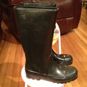 ✂REDUCED✂ Black rain boots