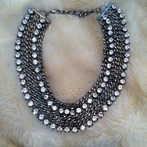 * Bold jewled bib Necklace! *