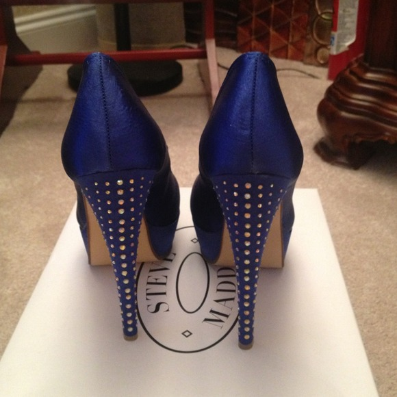 76% off Steve Madden Shoes - REDUCED! Rhinestone Royal blue Steve ...