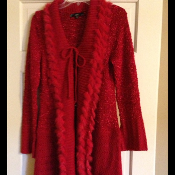38% off Sioni Sweaters - Sweater coat from Donna's closet on Poshmark
