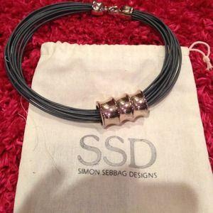 SIMONE SEBBAG DESIGNS Leather strand Nk