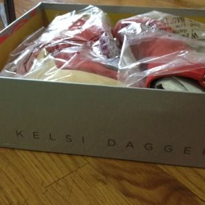 Kelsi dagger acalia bootie- brand new