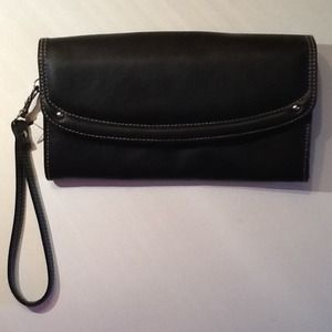 NWOT Buxton Black Leather Wallet w/ Mirror