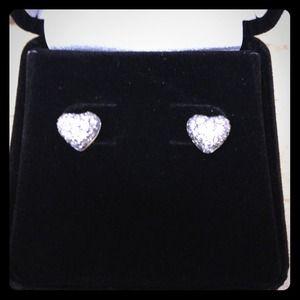 Real diamond heart earring in 14k white gold