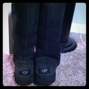 Black Tall Uggs size 7 - used