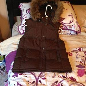 REDUCED Dark brown Gap down filled outerwear vest