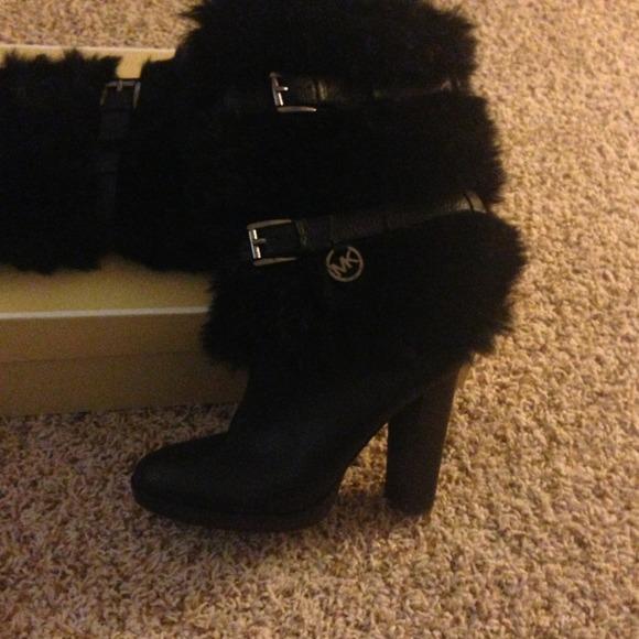 Michael Kors Boots With Fur Michael Kors Carlie Faux-fur