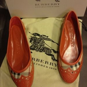 Authentic Burberry flats. Brand new!