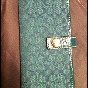 Coach slim fit wallet