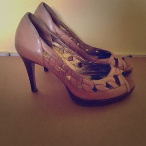 Guess Shoes - BUNDLE: 3 pairs of shoes-used.