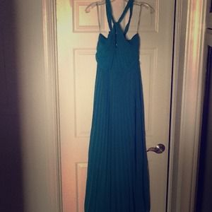 Dresses & Skirts - Stunning floor length teal halter gown w pleating