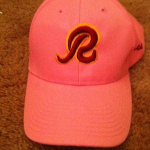 Outerwear - Redskins hat