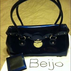 beijo purse prices