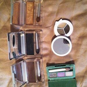 Bundled-Clinique eyeshadow