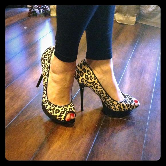 Bakers Leopard Print Peep Toe Heels