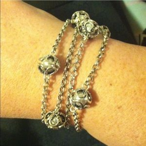 Jewelry - Antique Silver colored Bracelet