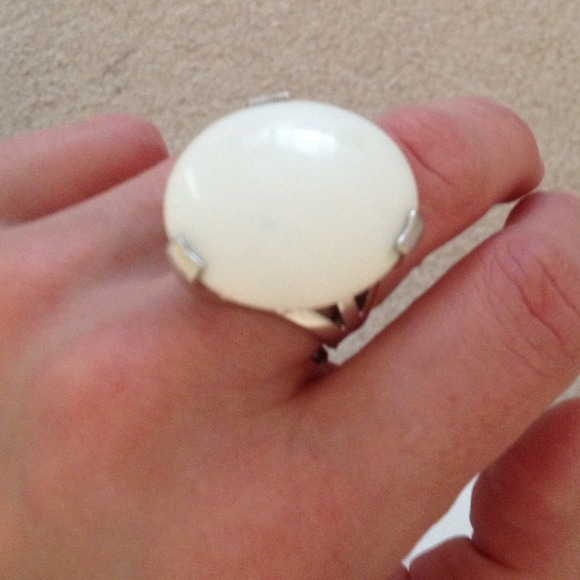 White agate statement ring.