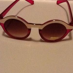 Outerwear - Visions of vintage eyewear