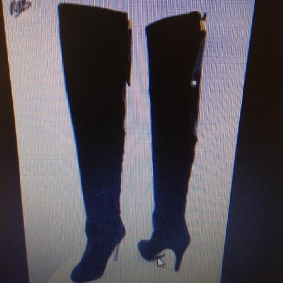 6152dca5e36 ADRIENNE VITTADINI Boots - 🎀HOLD 🎀 ADRIENNE VITTADINI OVER KNEE BOOTS