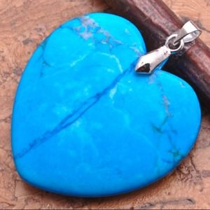 Turquoise pendant,With silver chain
