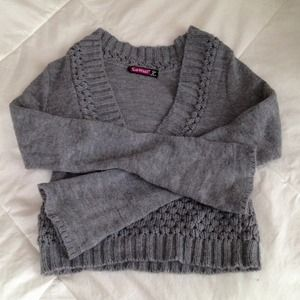 Grey cropped sweater. Size small worn once