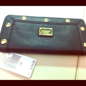 Michael Kors wallet 