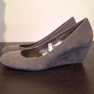 Just Reduced-Grey Suede Wedge