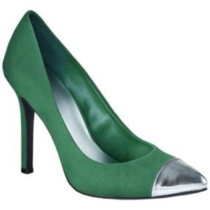 Green cap toe heels